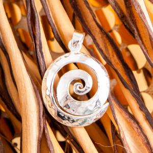 """Anhänger """"Spirale"""", handgehämmert, Produktbild 1"""